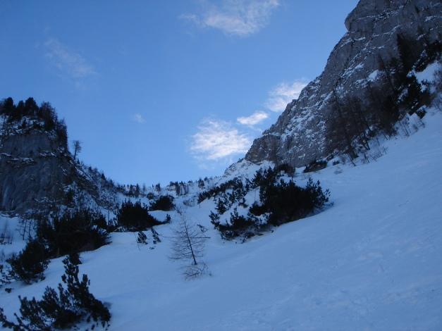 Foto: Manfred Karl / Ski Tour / Kühkranz / Links oben die steile Einfahrt / 19.12.2009 14:36:56