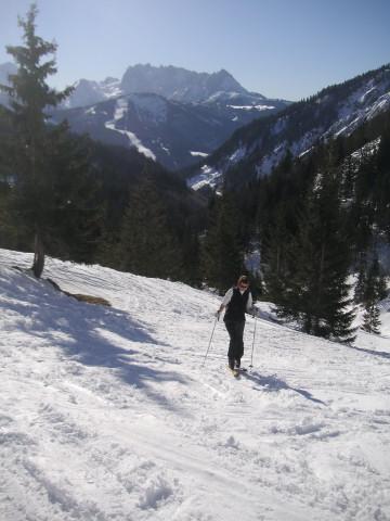 Foto: Wolfgang Lauschensky / Ski Tour / Schmalztrager - Überschreitung / Rinnbergalmanstieg mit Gosaukamm / 21.12.2009 15:10:45