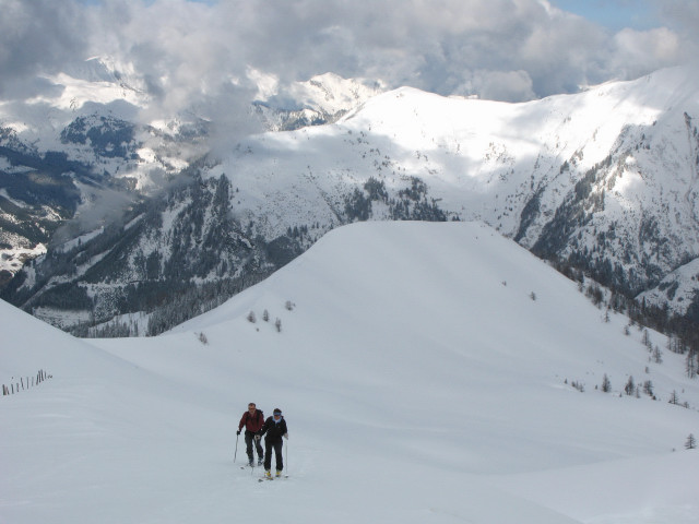 Foto: Wolfgang Lauschensky / Skitour / Glingspitze 2433m über Kreuzeck 2204m / Westrücken des Kreuzeck / 22.12.2009 17:22:37