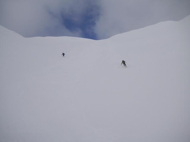 Foto: Wolfgang Lauschensky / Skitour / Glingspitze 2433m über Kreuzeck 2204m / Abfahrt ins Tappenkar / 22.12.2009 17:22:25