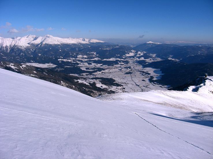 Foto: Andreas Koller / Ski Tour / Lungauer Grattour (2355 m) / Das Lungauer Becken / 22.12.2009 23:50:06