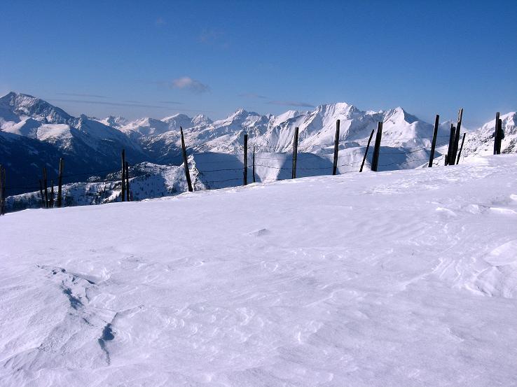 Foto: Andreas Koller / Ski Tour / Lungauer Grattour (2355 m) / Blick in die Radstädter Tauern beim Aufstieg / 22.12.2009 23:49:04