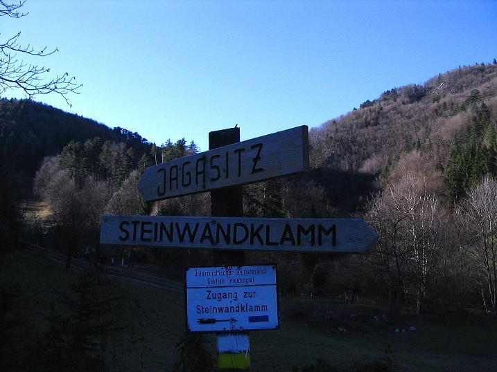 Foto: Andreas Koller / Klettersteigtour / Rudolf-Decker-Steig (720 m) / Ausgangspunkt Jausenstation Reischer / 27.12.2009 01:56:04
