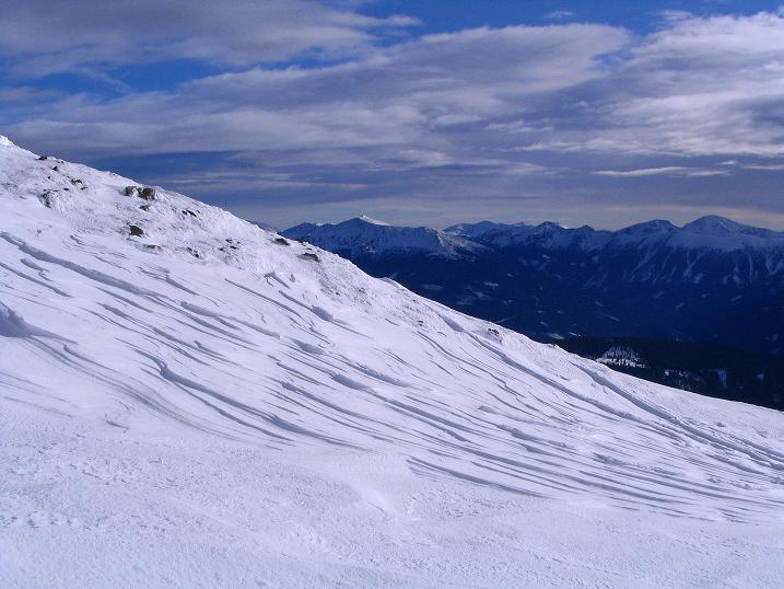 Foto: Andreas Koller / Skitour / Rundtour Stubeck (2370 m) / Die Nockberge im O / 01.01.2010 20:10:46