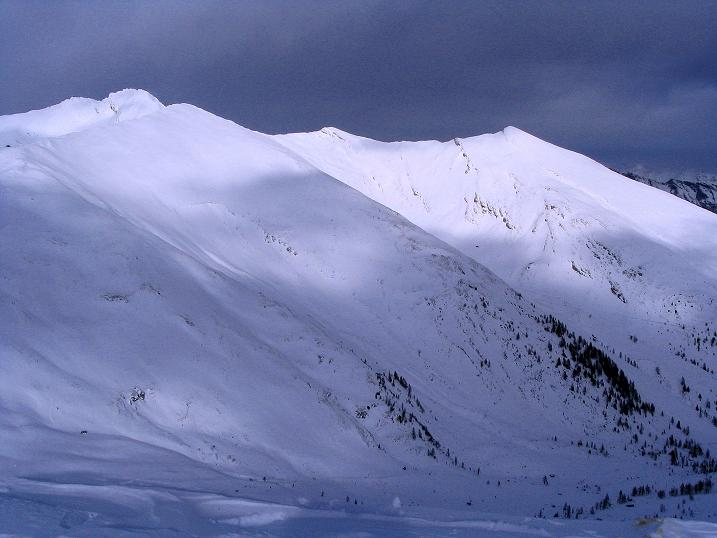 Foto: Andreas Koller / Skitour / Rundtour Stubeck (2370 m) / Blick nach N / 01.01.2010 20:08:12