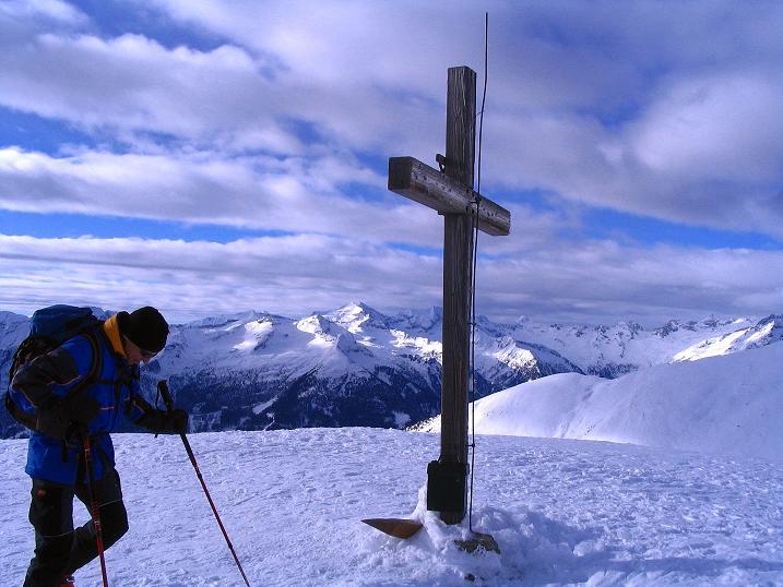 Foto: Andreas Koller / Ski Tour / Rundtour Stubeck (2370 m) / Gipfelkreuz am Stubeck / 01.01.2010 20:07:44