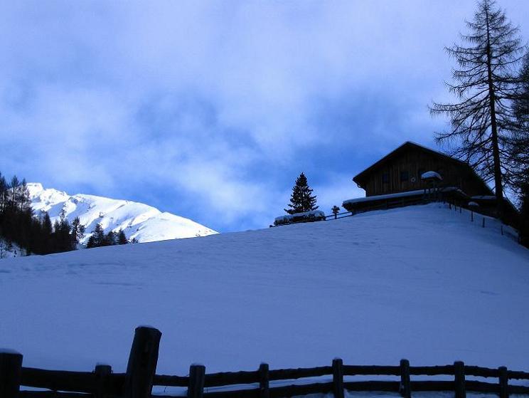 Foto: Andreas Koller / Ski Tour / Aus dem Astental auf den Stellkopf (2851 m) / Sadnighaus / 01.01.2010 21:58:38