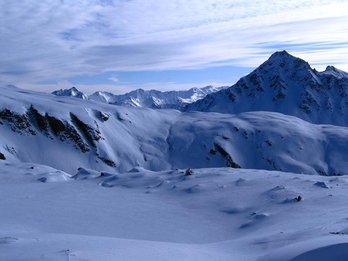 Foto: Andreas Koller / Ski Tour / Aus dem Astental auf den Stellkopf (2851 m) / Im S die Maggernigspitze (2640 m)  / 01.01.2010 21:46:45