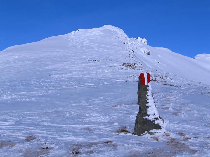 Foto: Andreas Koller / Ski Tour / Aus dem Astental auf den Stellkopf (2851 m) / Die Gipfelflanke des Stellkopfs / 01.01.2010 21:31:52