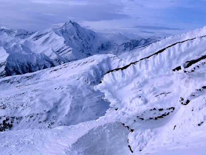 Foto: Andreas Koller / Ski Tour / Aus dem Astental auf den Stellkopf (2851 m) / Schöner Blick auf den Großglockner (3798 m) / 01.01.2010 21:31:29