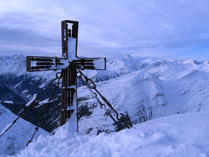 Foto: Andreas Koller / Ski Tour / Aus dem Astental auf den Stellkopf (2851 m) / 01.01.2010 21:28:35
