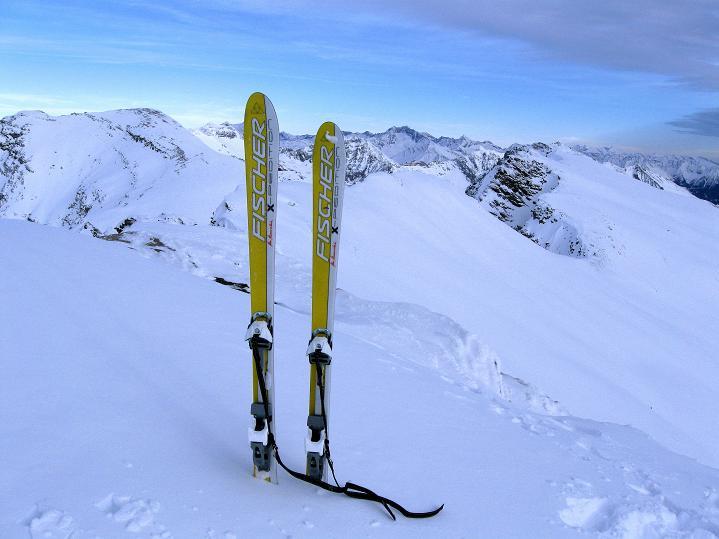 Foto: Andreas Koller / Ski Tour / Aus dem Astental auf den Stellkopf (2851 m) / 01.01.2010 21:28:20