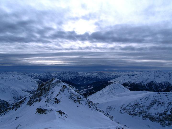 Foto: Andreas Koller / Ski Tour / Aus dem Astental auf den Stellkopf (2851 m) / Blick nach S / 01.01.2010 21:28:11