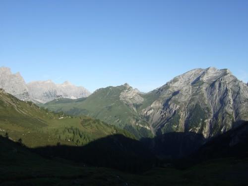 Foto: hofchri / Mountainbike Tour / Rund um das Sonnjoch über Lamsen- (1953 m) und Plumsjoch (1664 m) / 01.01.2010 12:07:23
