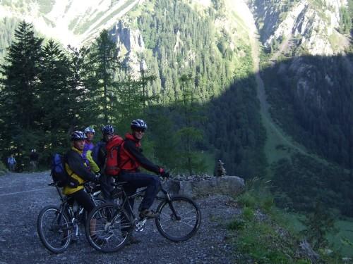 Foto: hofchri / Mountainbike Tour / Rund um das Sonnjoch über Lamsen- (1953 m) und Plumsjoch (1664 m) / 01.01.2010 12:08:20