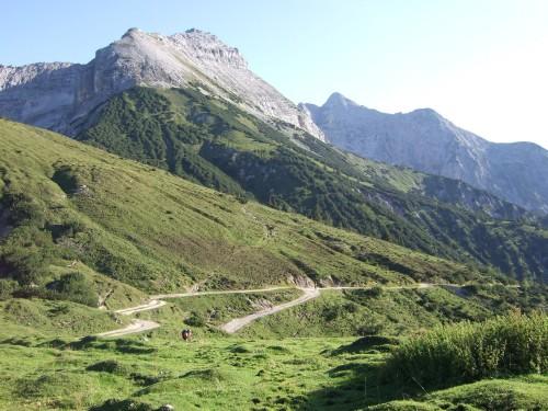 Foto: hofchri / Mountainbike Tour / Rund um das Sonnjoch über Lamsen- (1953 m) und Plumsjoch (1664 m) / 01.01.2010 12:10:06