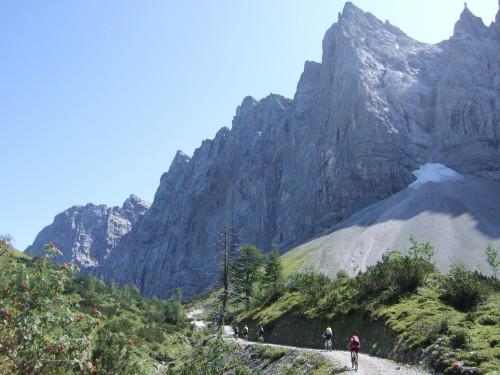 Foto: hofchri / Mountainbike Tour / Rund um den Laliderer Falk über Falkenhütte (1848 m) / kurz vorm Spielissjoch / 01.01.2010 11:59:19