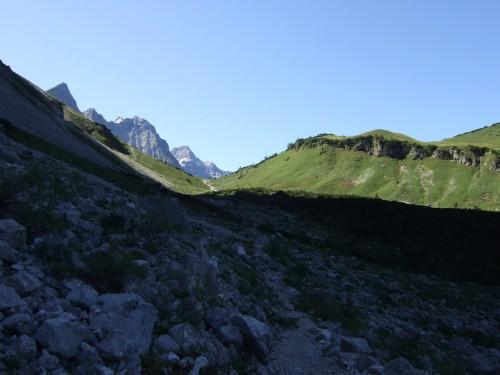 Foto: hofchri / Mountainbike Tour / Rund um den Laliderer Falk über Falkenhütte (1848 m) / Trail vom Spielissjoch / 01.01.2010 12:00:41