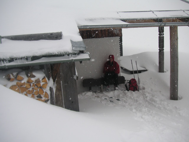 Foto: Wolfgang Lauschensky / Ski Tour / Streicher oder Inzeller Kienberg / Inzeller Schihütte unterm Streichergipfel / 31.12.2009 20:31:37