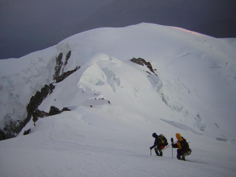 Foto: Wolfgang Lauschensky / Wander Tour / Mont Blanc 4808m Normalweg über Bossesgrat / Bossesgrat über Dom du Gouter / 01.01.2010 21:03:00