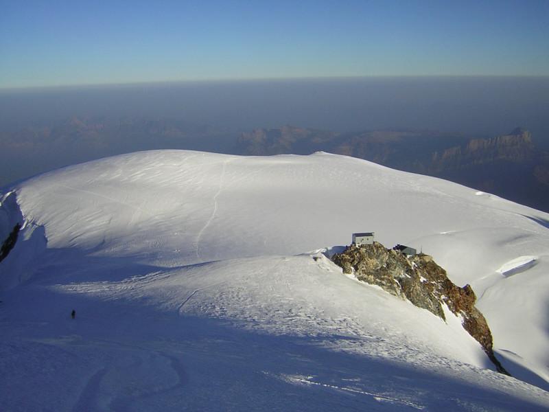 Foto: Wolfgang Lauschensky / Wander Tour / Mont Blanc 4808m Normalweg über Bossesgrat / Vallot-Biwak vor Dom du Gouter / 01.01.2010 21:01:46