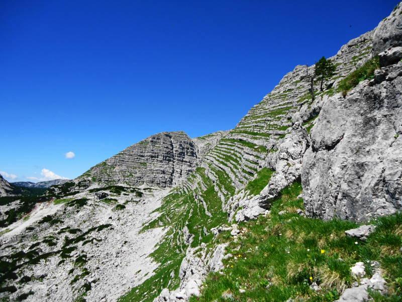 Foto: Günter Siegl / Wander Tour / Ramesch (2.119m) - Ost/West-Überschreitung / Der gebänderte Berg. / 28.07.2017 20:42:18