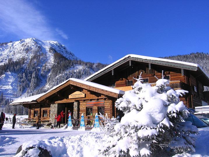 Foto: Andreas Koller / Ski Tour / Traumtour auf Spirzinger und Spazeck (2066 m) / Ausgangspunkt Vordergnadenalm / 06.01.2010 02:21:02