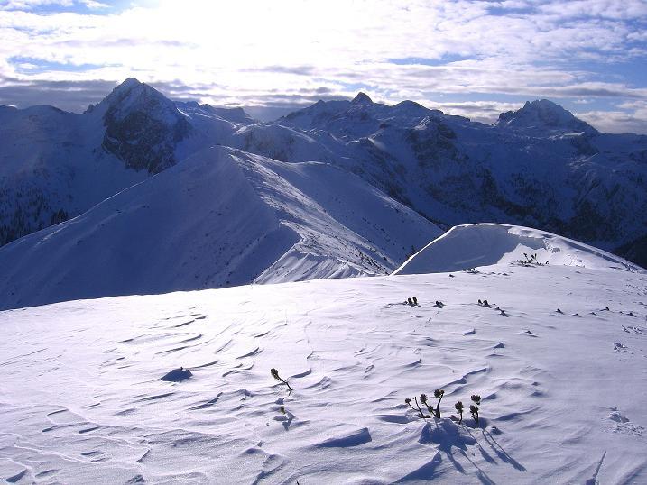 Foto: Andreas Koller / Ski Tour / Traumtour auf Spirzinger und Spazeck (2066 m) / Permuthwand (2479 m), Mosermandl (2680 m) und Faulkogel (2654 m), davor der Spirzinger / 06.01.2010 02:08:27