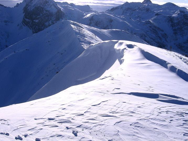 Foto: Andreas Koller / Ski Tour / Traumtour auf Spirzinger und Spazeck (2066 m) / Verbindungsgrat vom Spazeck gesehen / 06.01.2010 02:07:28