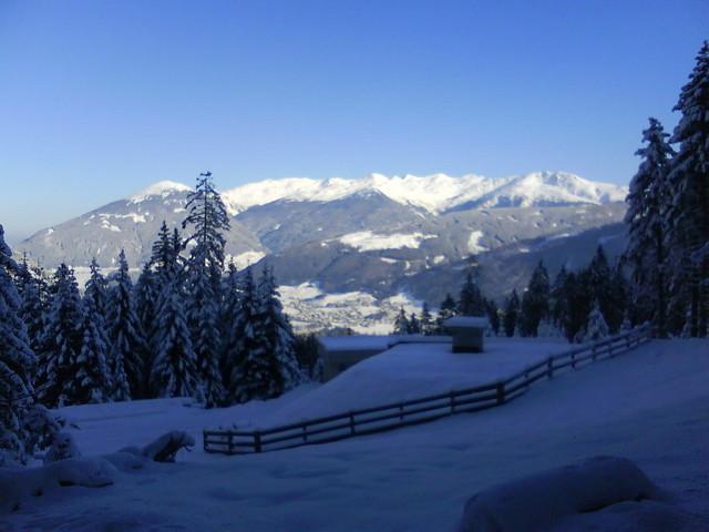 Foto: grasoh / Schneeschuh Tour / Schlicker Alm / Blick auf den Patscherkofel / 06.01.2010 20:40:01