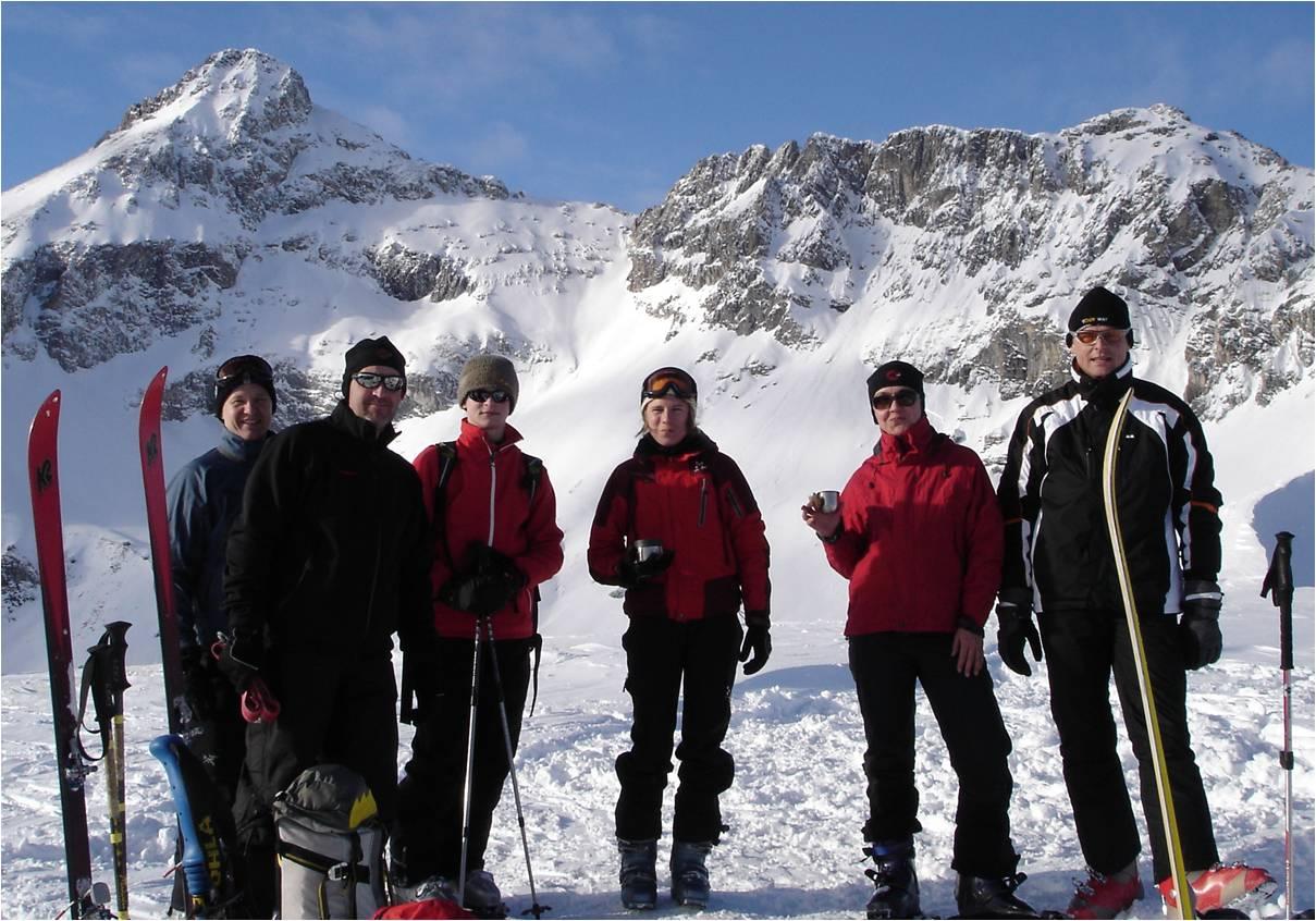 Foto: gumpiand / Ski Tour / Über die Urbanbauernalm zum Schöpfing  / Am Gipfel des Schöpflings im Hintergrund das Gr. Mosermandl (Links) sowie das Kl. Mosermandl (Rechts) / 07.01.2010 10:43:37