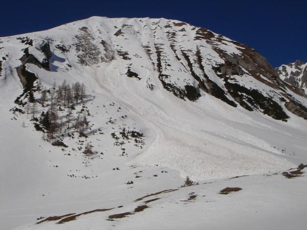 Foto: Manfred Karl / Ski Tour / Über die Hafeichtscharte auf den Großen Bärenstaffel / Lawinenabgänge von der Windschaufel / 10.03.2013 17:36:25