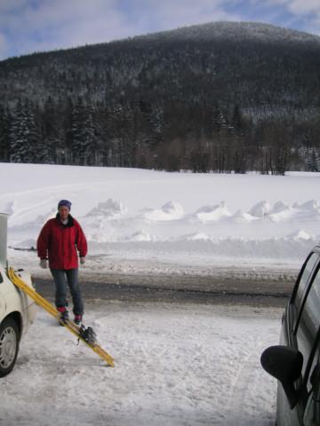 Foto: Wolfgang Lauschensky / Ski Tour / Gurlspitze 1158m / Loipenparkplatz mit Gurlspitze / 08.01.2010 14:39:56