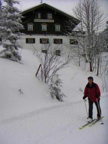 Foto: Wolfgang Lauschensky / Ski Tour / Fellhorn 1764m (von Seegatterl aus) / Hindenburghütte. Viel Geschiebe bei der 'Abfahrt'. / 10.01.2010 18:40:10