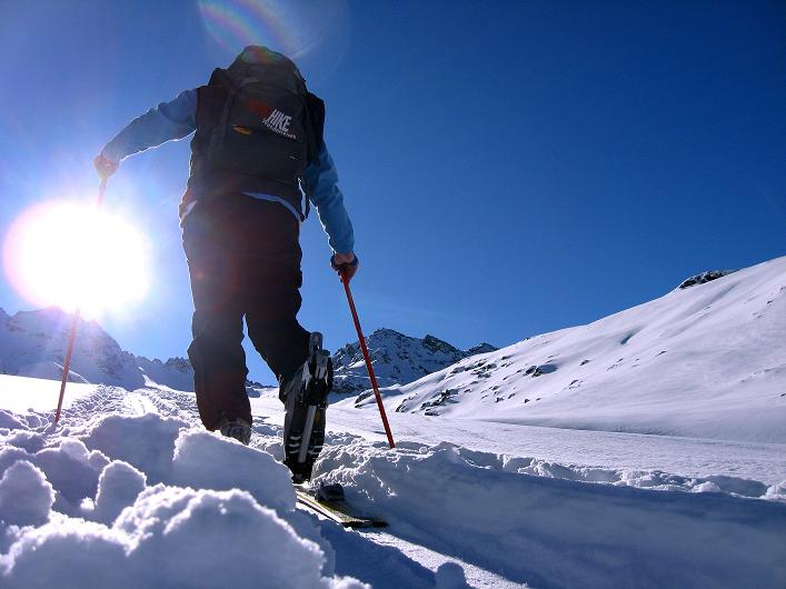 Foto: Andreas Koller / Skitour / Durch das Bieltal auf den Rauen Kopf (3101 m) / 26.01.2010 00:28:26