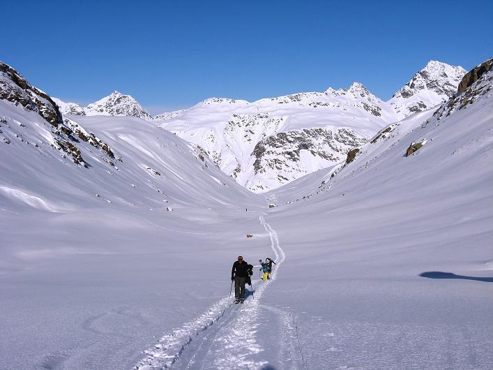 Foto: Andreas Koller / Skitour / Durch das Bieltal auf den Rauen Kopf (3101 m) / 26.01.2010 00:28:02
