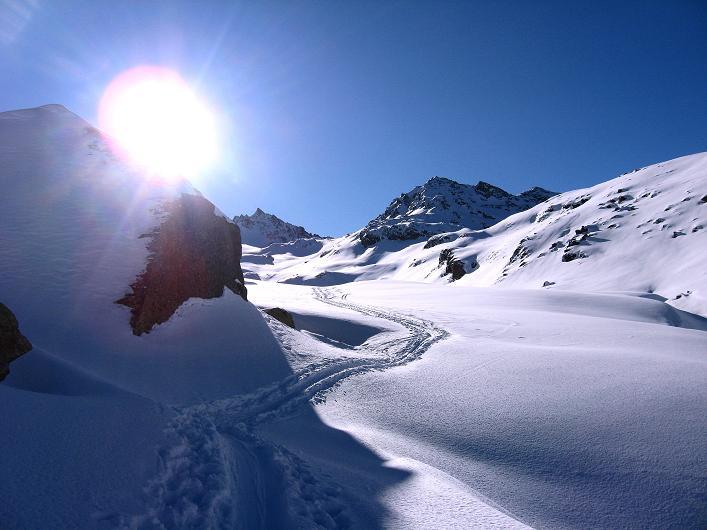 Foto: Andreas Koller / Skitour / Durch das Bieltal auf den Rauen Kopf (3101 m) / 26.01.2010 00:27:54