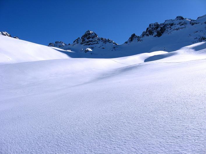 Foto: Andreas Koller / Skitour / Durch das Bieltal auf den Rauen Kopf (3101 m) / 26.01.2010 00:27:16