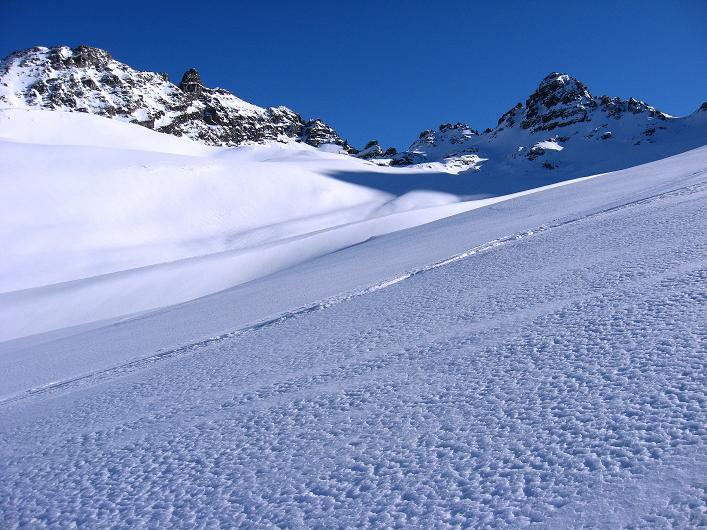 Foto: Andreas Koller / Skitour / Durch das Bieltal auf den Rauen Kopf (3101 m) / 26.01.2010 00:26:26