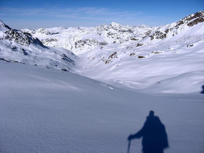 Foto: Andreas Koller / Skitour / Durch das Bieltal auf den Rauen Kopf (3101 m) / 26.01.2010 00:24:32