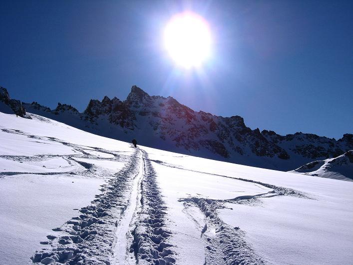 Foto: Andreas Koller / Skitour / Durch das Bieltal auf den Rauen Kopf (3101 m) / 26.01.2010 00:23:55