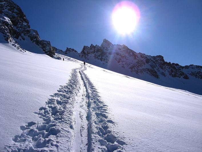 Foto: Andreas Koller / Skitour / Durch das Bieltal auf den Rauen Kopf (3101 m) / 26.01.2010 00:23:10