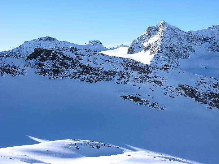 Foto: Andreas Koller / Skitour / Durch das Bieltal auf den Rauen Kopf (3101 m) / 26.01.2010 00:22:26