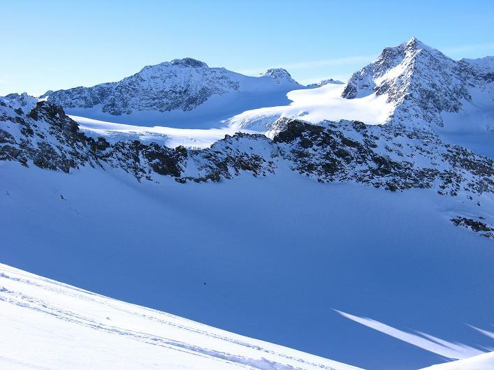 Foto: Andreas Koller / Skitour / Durch das Bieltal auf den Rauen Kopf (3101 m) / 26.01.2010 00:21:53