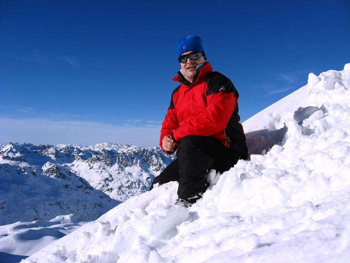 Foto: Andreas Koller / Skitour / Durch das Bieltal auf den Rauen Kopf (3101 m) / 26.01.2010 00:15:06