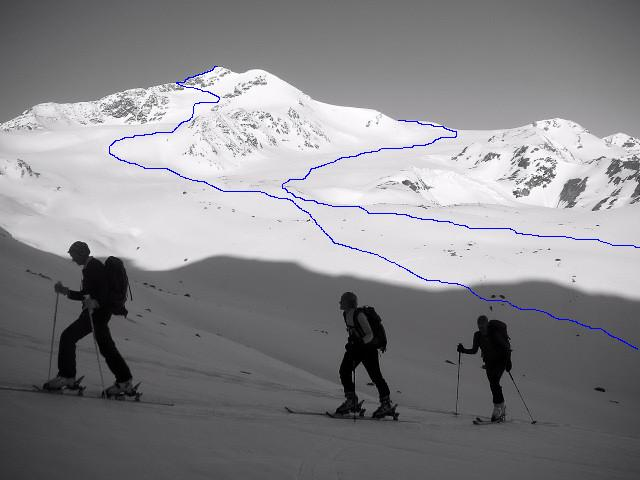 Foto: Wolfgang Lauschensky / Skitour / Zufallspitze – Monte Cevedale : Überschreitung / Anstieg über höheren Furkeleferner und Abfahrt über tieferen Zufallferner von oberhalb der Martellerhütte / 29.01.2010 18:06:56