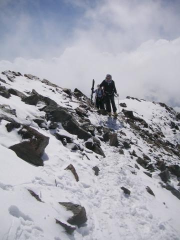 Foto: Wolfgang Lauschensky / Skitour / Zufallspitze – Monte Cevedale : Überschreitung / in der Scharte / 29.01.2010 18:04:58