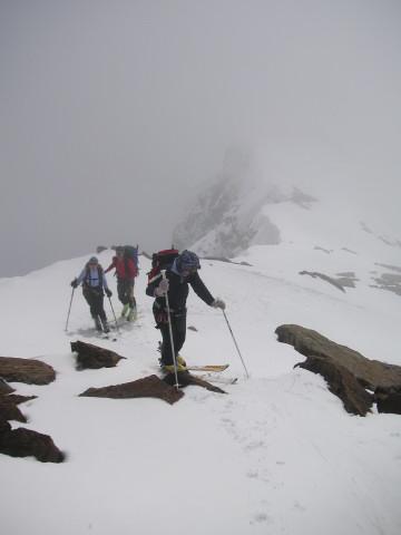 Foto: Wolfgang Lauschensky / Skitour / Zufallspitze – Monte Cevedale : Überschreitung / am steilen felsigen Südhang der Zufallspitze / 29.01.2010 18:04:32
