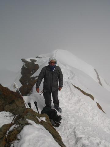 Foto: Wolfgang Lauschensky / Skitour / Zufallspitze – Monte Cevedale : Überschreitung / unter dem Gipfelfels am SO-Grat / 29.01.2010 18:04:10