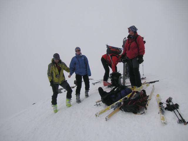 Foto: Wolfgang Lauschensky / Skitour / Zufallspitze – Monte Cevedale : Überschreitung / am Cevedale - leider im Nebel / 29.01.2010 18:03:37